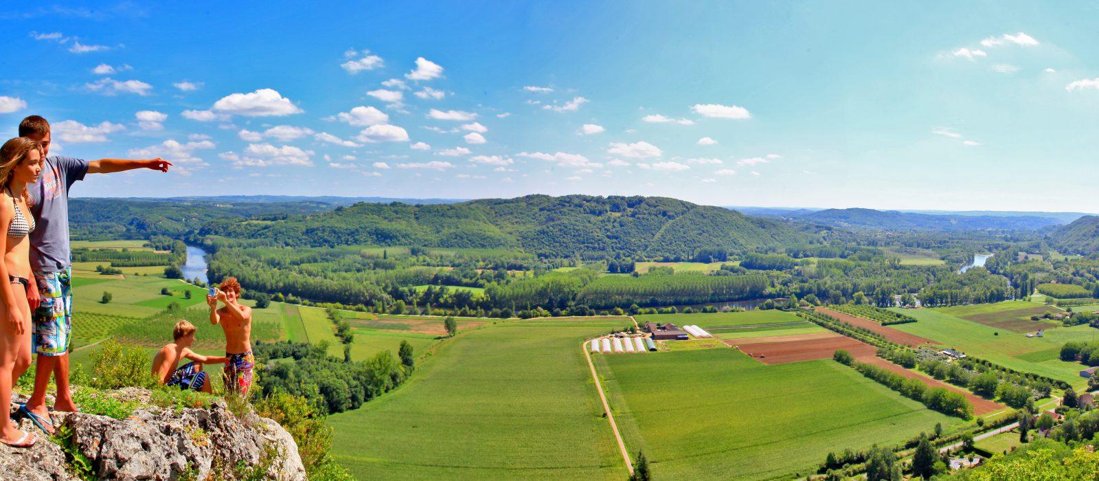 vue sur la Vallée de la Dordogne camping Au P'tit Bonheur en Dordogne