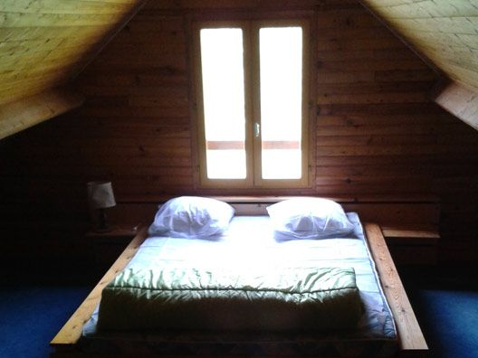 Location pour 9 personnes en Dordogne au camping Au P'tit Bonheur