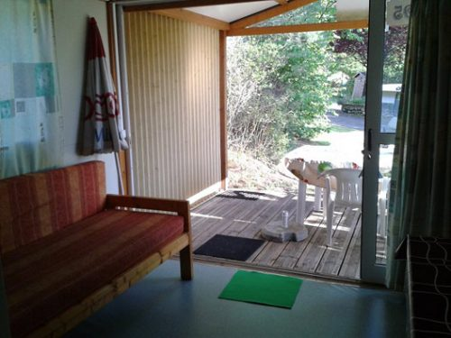 a louer en Dordogne, chalet 5 personnes au camping Au P'tit Bonheur, avec piscine, animations, restaurant.