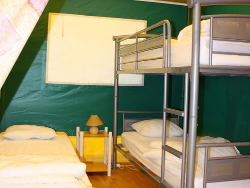 tentes aménagées à louer en Dordogne au camping Au P'tit Bonheur