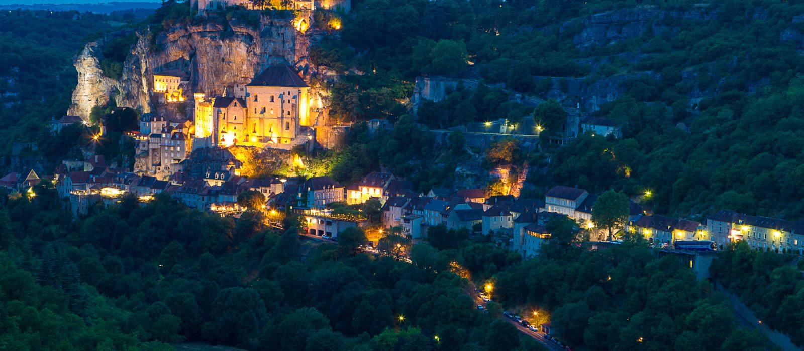 Rocamadour dans le Lot, village perché sur un épéron rocheux, à 45 mn du camping Au p'tit Bonheur