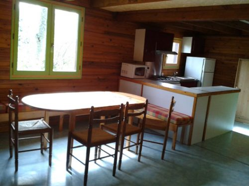 kitchen 9 persons accomodation camping Au p'tit Bonheur