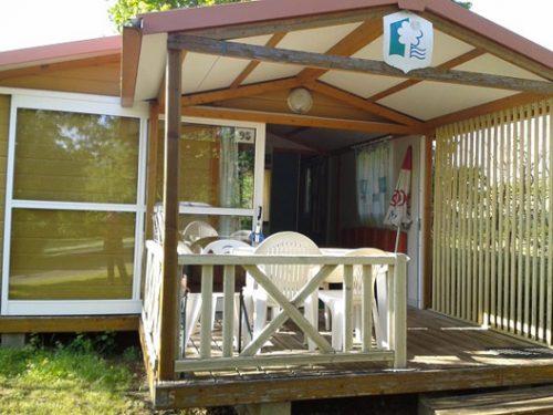 location de Chalet 5 personnes au camping Au P'tit Bonheur en Dordogne, entre Sarlat et Rocamadour